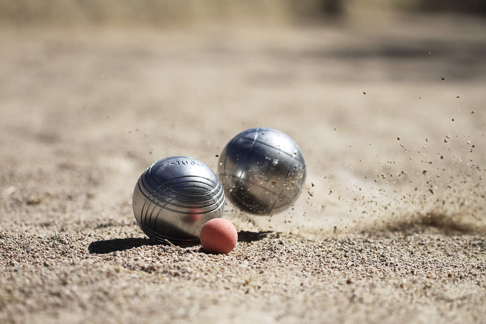 Nos tournois : pétanque, ping-pong